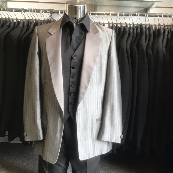 Other - Vintage Silver Shadow Sharkskin Tuxedo